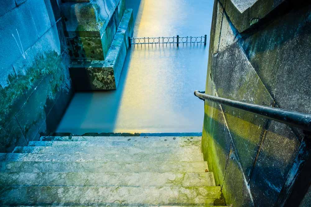 battersea watermans steps