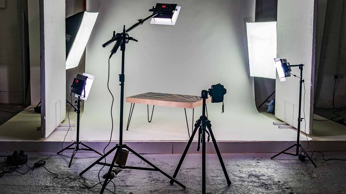photo studio with lighting